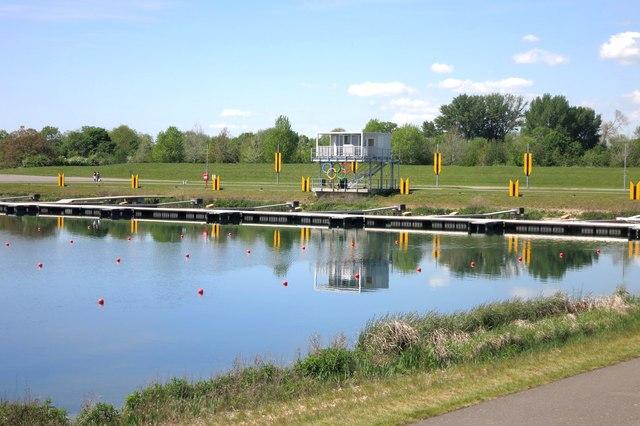 Dorney Lake, West End