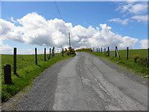 H5672 : Clouds ahead, Shinnagh Road by Kenneth  Allen