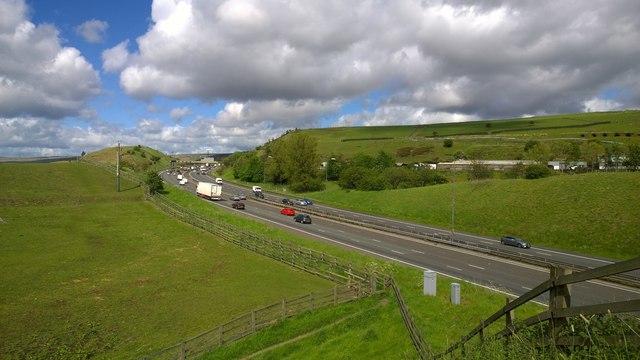 M62 motorway at Tunshill