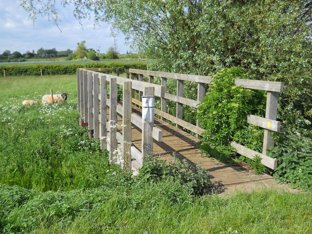 Wooden footbridge across South Drain near Etton