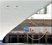 "J3576 : The cruise ship ""Marina"", Belfast - May 2015(2) by Albert Bridge"
