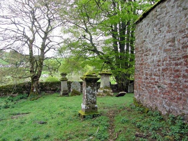 Graveyard, Redwing Chapel