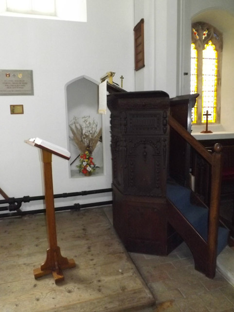 Pulpit & Lectern of St.Remigius Church