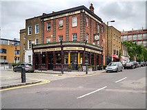 TQ3083 : The Thornhill Arms, King's Cross by David Dixon