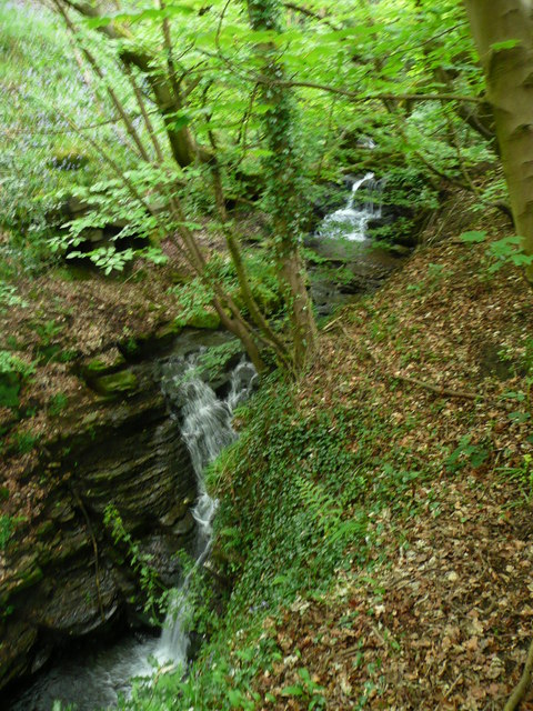 Waterfalls on Maple Dean Clough, Norland (18)