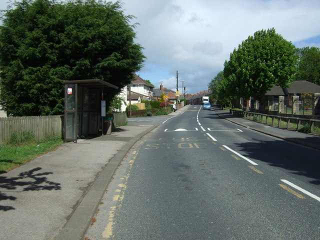 Bus stop and shelter on Coalford Lane