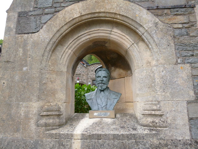 Bust of Sir George Newnes