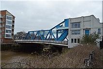 TA1029 : New North Bridge by N Chadwick