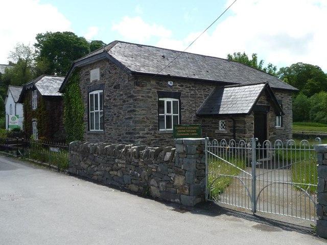 Canolfan y Gymuned Llanfair Talhaiarn Community Centre