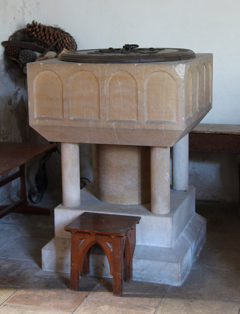 St Mary Homersfield - Font