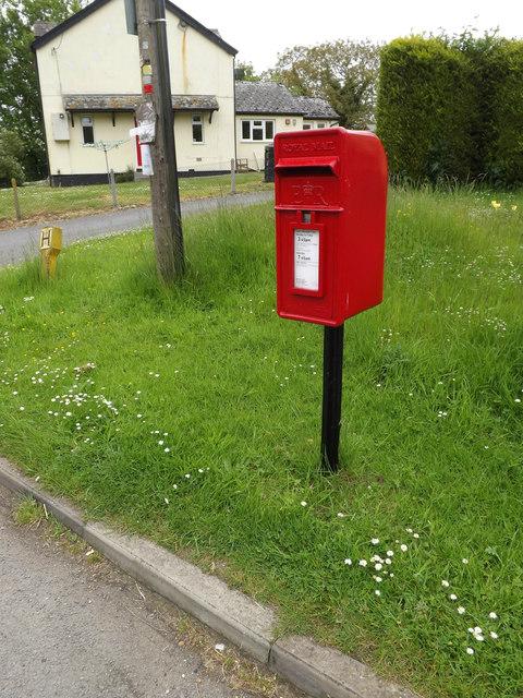 6 Creetings Bottom Postbox