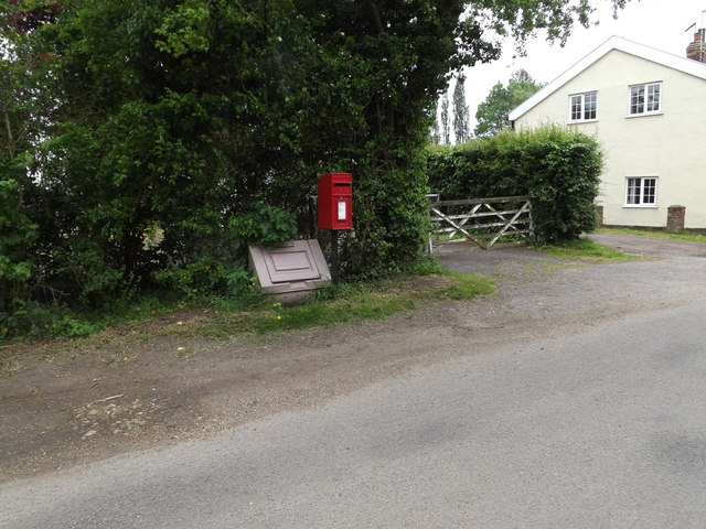 1 Redhouses Postboxes