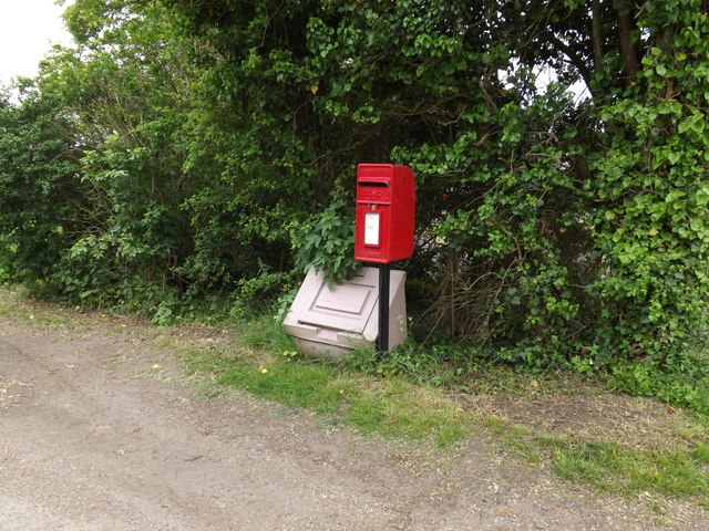 1 Red Houses Postboxes