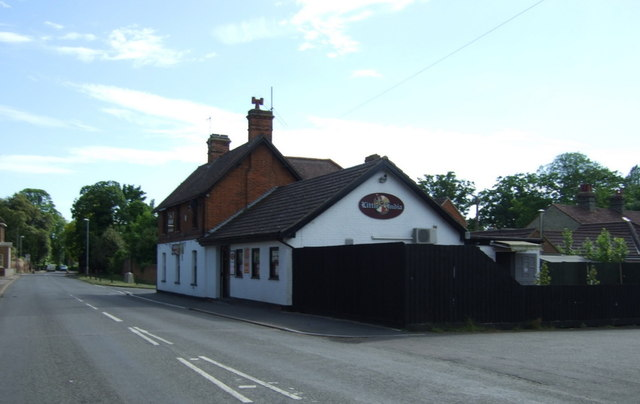 The Swan, Offord Cluny