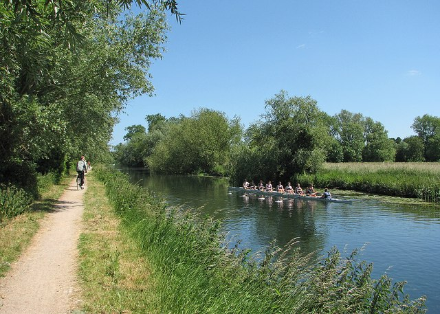 Rowing practice on the Cam near Clayhithe