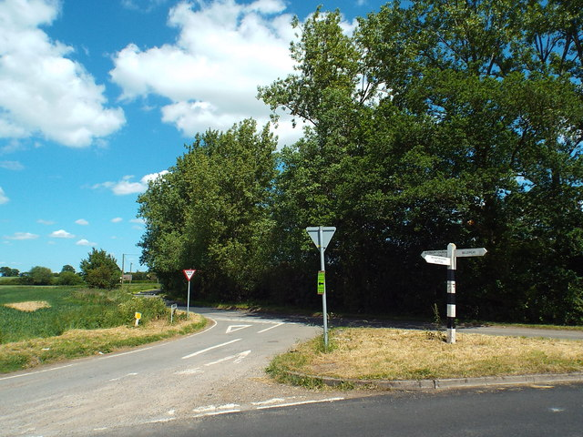 Country lanes junction near Billericay