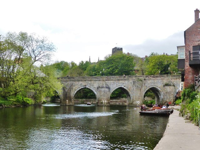 Boat hire on the River Wear at Durham