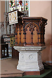 TQ2878 : St Michael, Chester Square - Pulpit by John Salmon