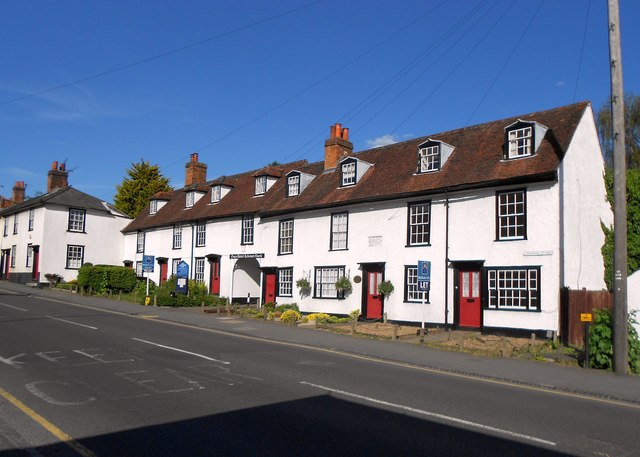 Chipping Ongar: Livingstone Cottages