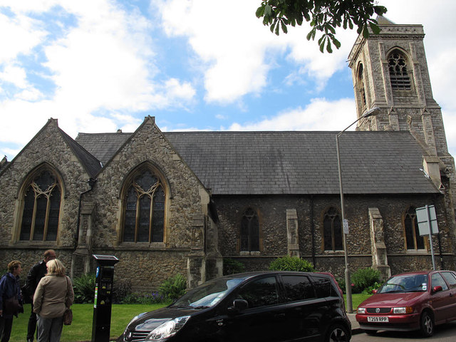 Holy Trinity, Upper Tooting: north side