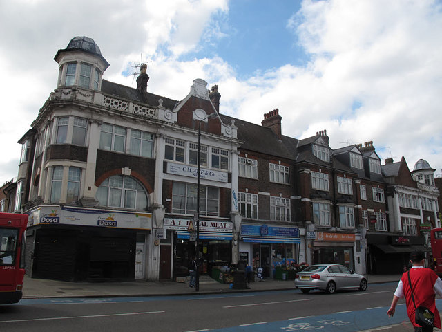 Shops on the south side of Upper Tooting Road