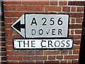 TR3054 : Pre-Worboys direction sign, Eastry by Chris Whippet