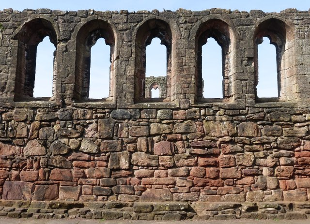Great Hall windows, Bothwell Castle
