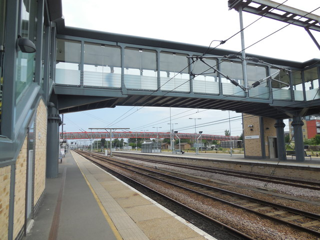 Footbridge - Cambridge Station