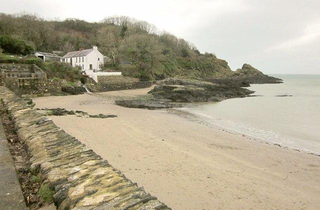 Beach, Cwm-yr-Eglwys