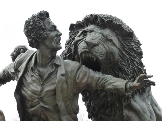Livingstone And The Lion detail