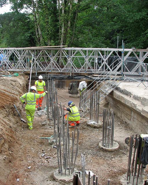 Grantchester: working on Brasley Bridge