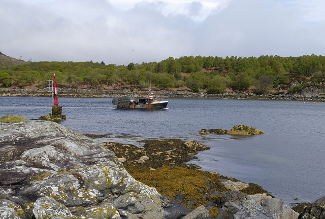 Boat heading out of East Loch Tarbert