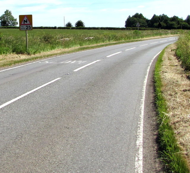 Maximum speed 25mph through the bend ahead near Acton Turville