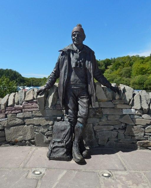 Statue of Tom Weir