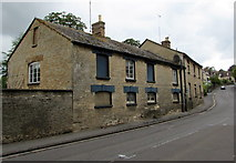 SP4416 : Doorless side of a Manor Road building in Old Woodstock by Jaggery