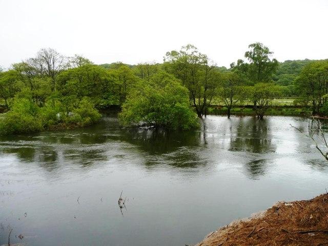 Afon Glaslyn at Nant-dwr-oer