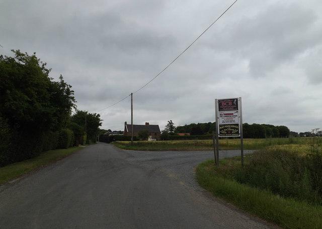 Airfield Road, Fersfield
