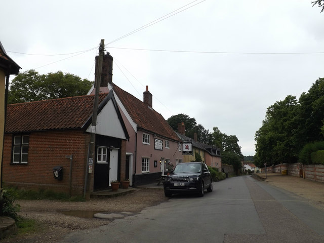 West Church Street & The Red Lion Public House