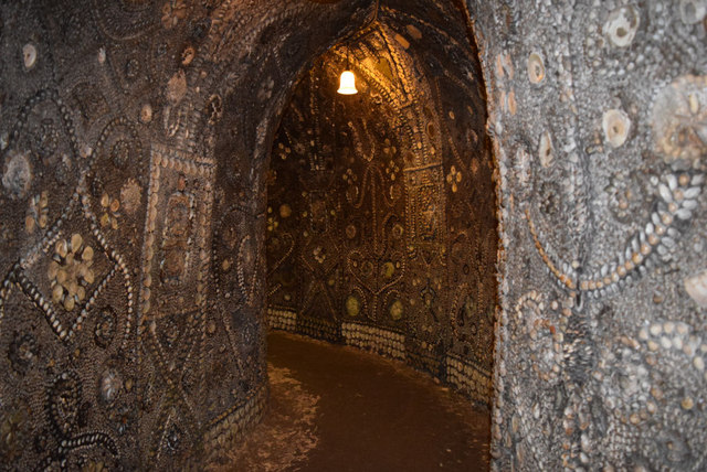 Serpentine Passage, the Shell Grotto