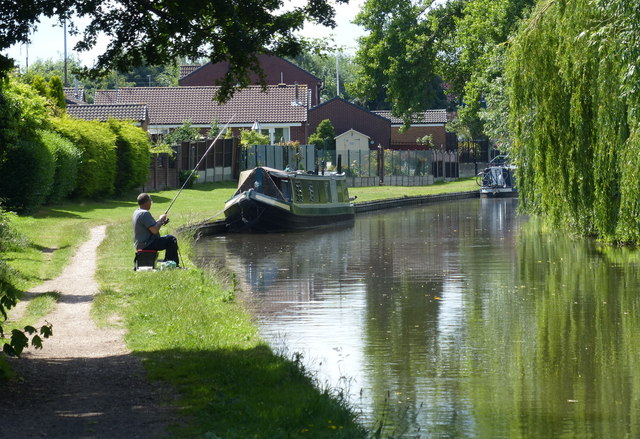 Fishing the Trent & Mersey Canal