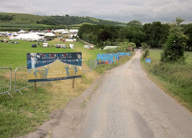 Entrance road to Chalke Valley History Festival