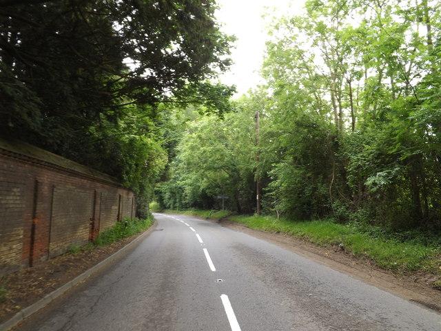 B1111 Manor Road, Garboldisham
