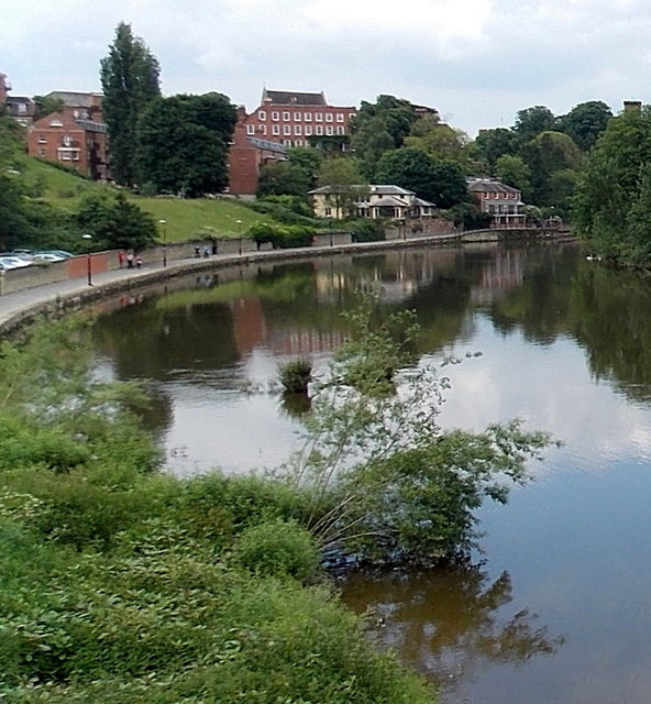 Footpath and cycle route along the west bank of the Severn, Shrewsbury