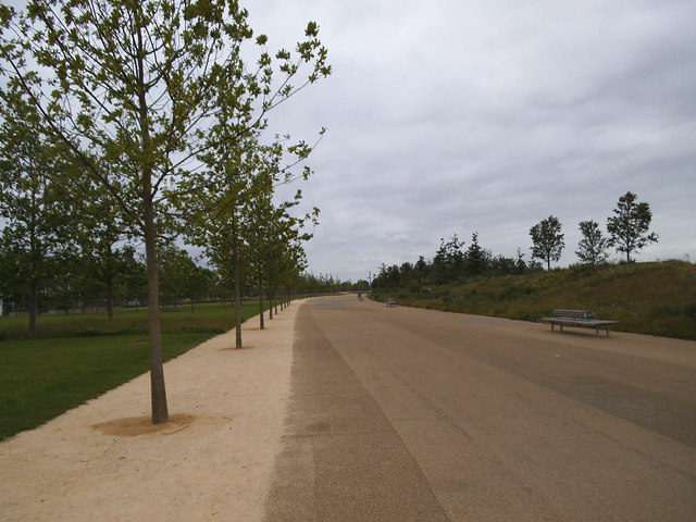 Wide path in the Olympic Park