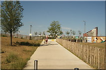 TQ3784 : View of the path leading up to Loop Road from the River Lea Navigation by Robert Lamb