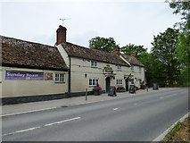 SU5186 : Berkshire: Upton near Didcot: The 'George and Dragon' by Dr Neil Clifton