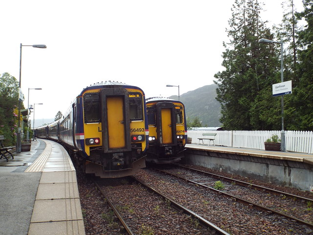 Trains passing at Glenfinnan