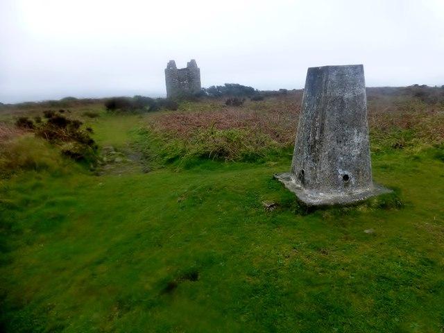 Castle-an-Dinas Trig Point