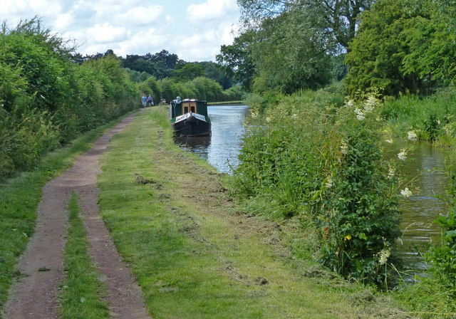 Trent & Mersey Canal towards Stone