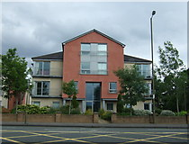 NT1874 : Apartments on Maybury Road (A902) by JThomas